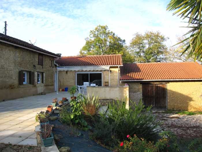 VENTE MAISON 6 pices - ESTANG