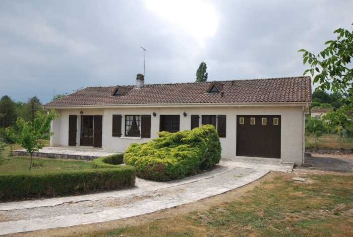 VENTE MAISON 3 pices - PIEGUT PLUVIERS