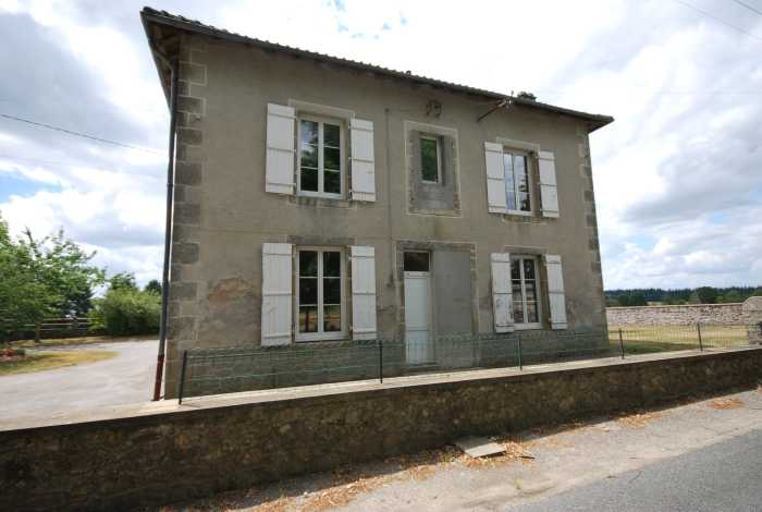 VENTE MAISON 3 pices - SAINT MATHIEU