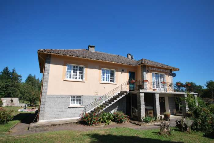 VENTE MAISON 7 pices - ST ESTEPHE