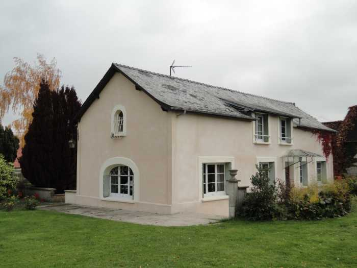 VENTE MAISON 6 pices - PROCHE SISSONNE