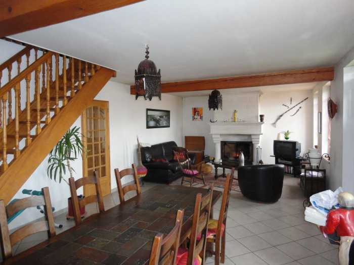 VENTE MAISON 6 pices - AXE LAON - SAINT QUENTIN