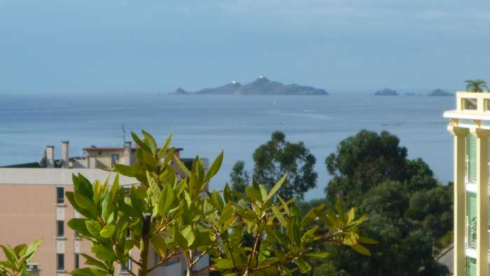 VENTE APPARTEMENT 4 pices - AJACCIO
