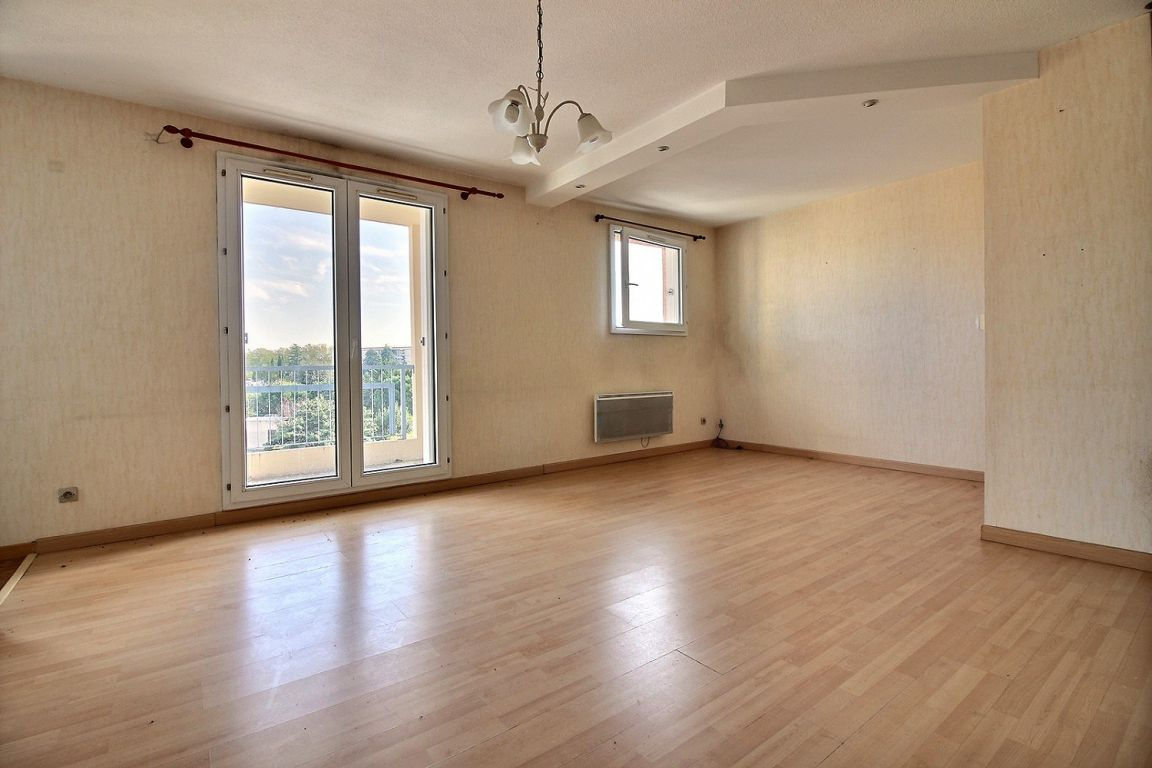 EXCLUSIVITE / TOULOUSE Croix-Daurade (31200) : Appartement T2 de 46m² avec Balcon et Parking / 95 000€ TTC