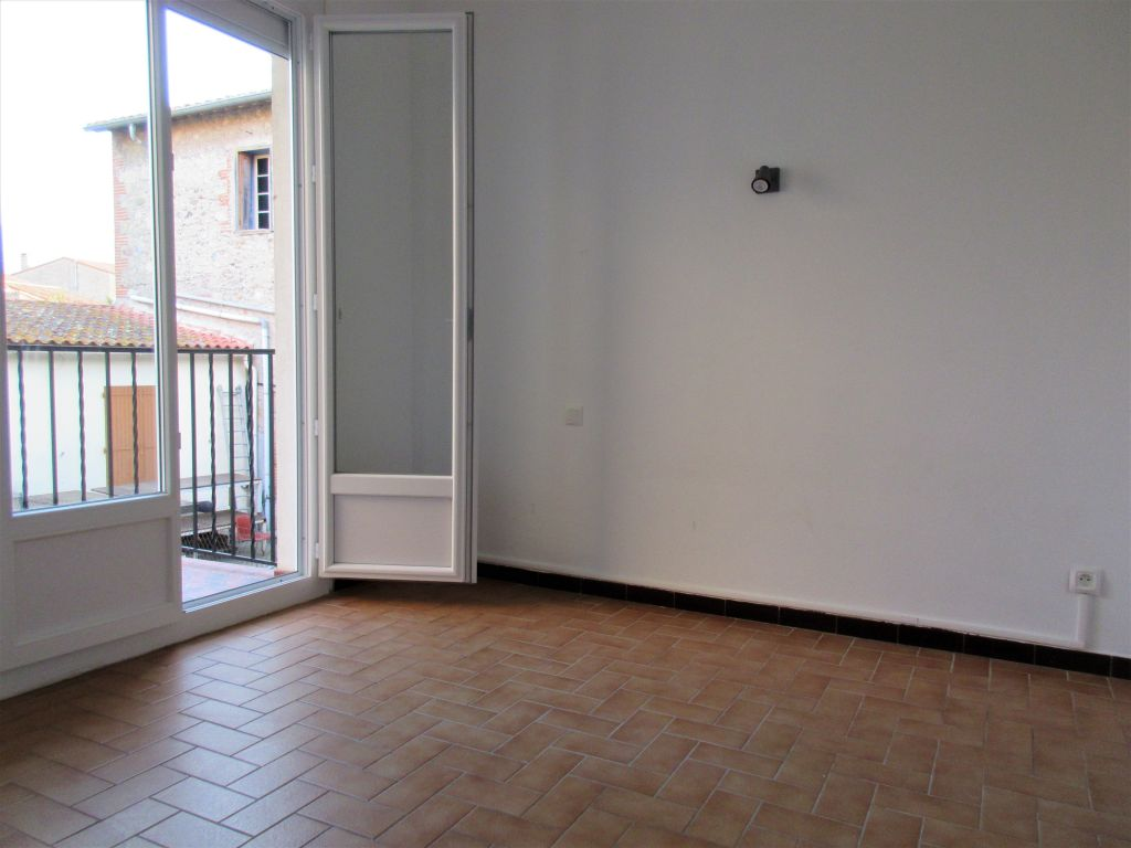 ST ANDRE - 2 APPARTEMENTS + GARAGE 70 M2