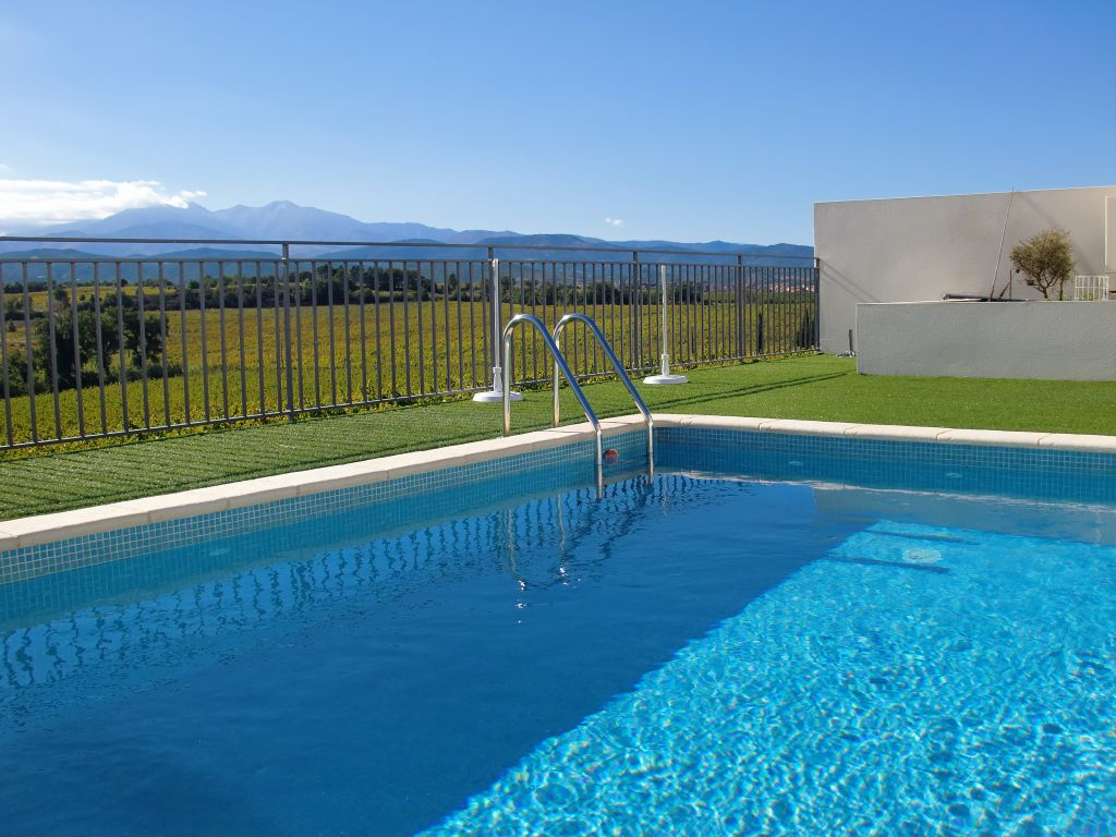 SUPERBE VILLA CONTEMPORAINE AVEC PISCINE 3 FACES 135 M²