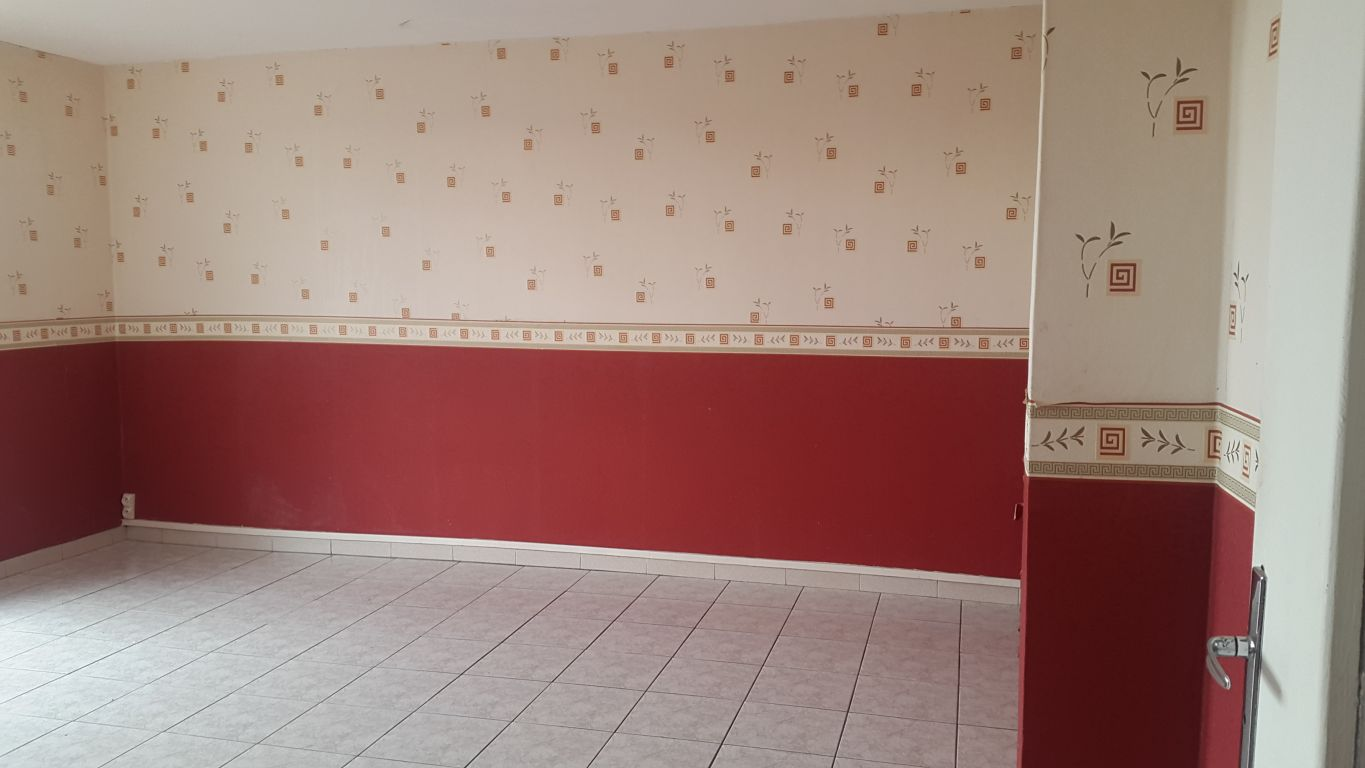 PERPIGNAN - ST ASSICLE - APPARTEMENT F3 DE 55M² ENVIRON