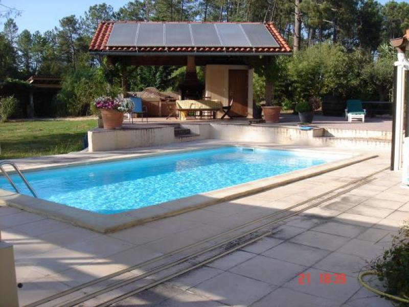 SUPERB DESIGNER HOUSE WITH COVERED POOL & SURROUNDED BY WOODLANDS OF 7000M2.