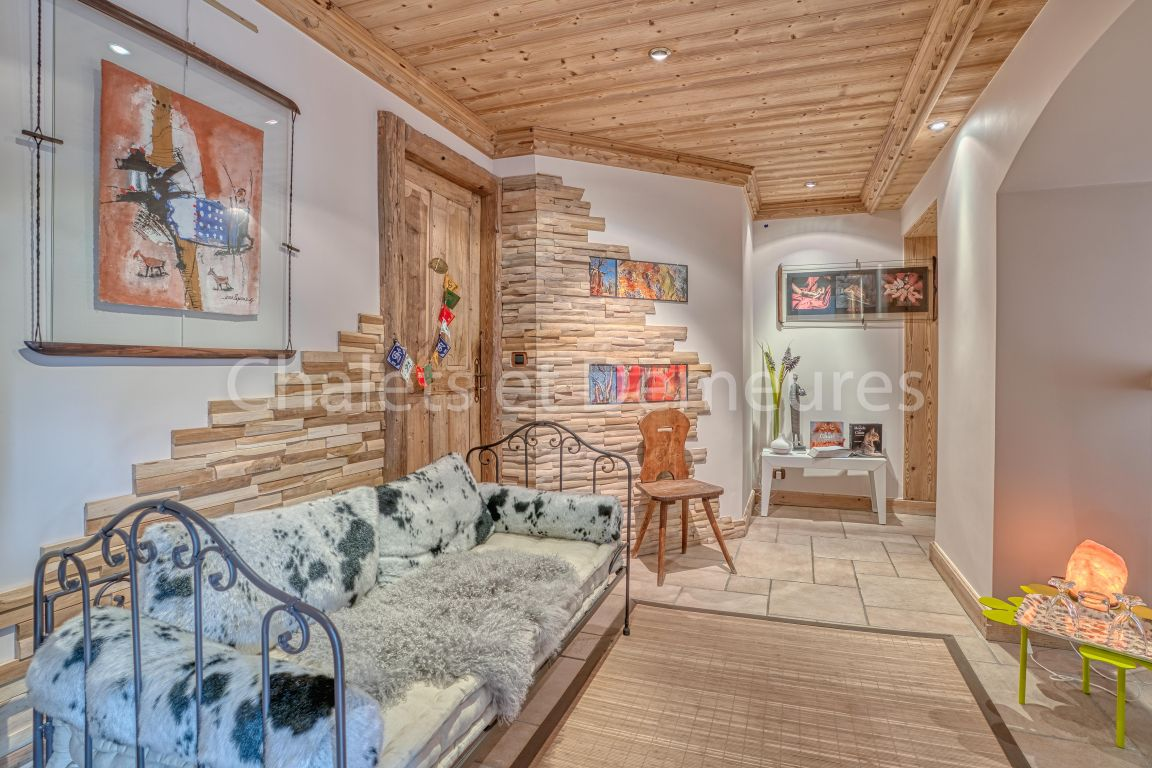 Chalet Megeve at the foot of the village center