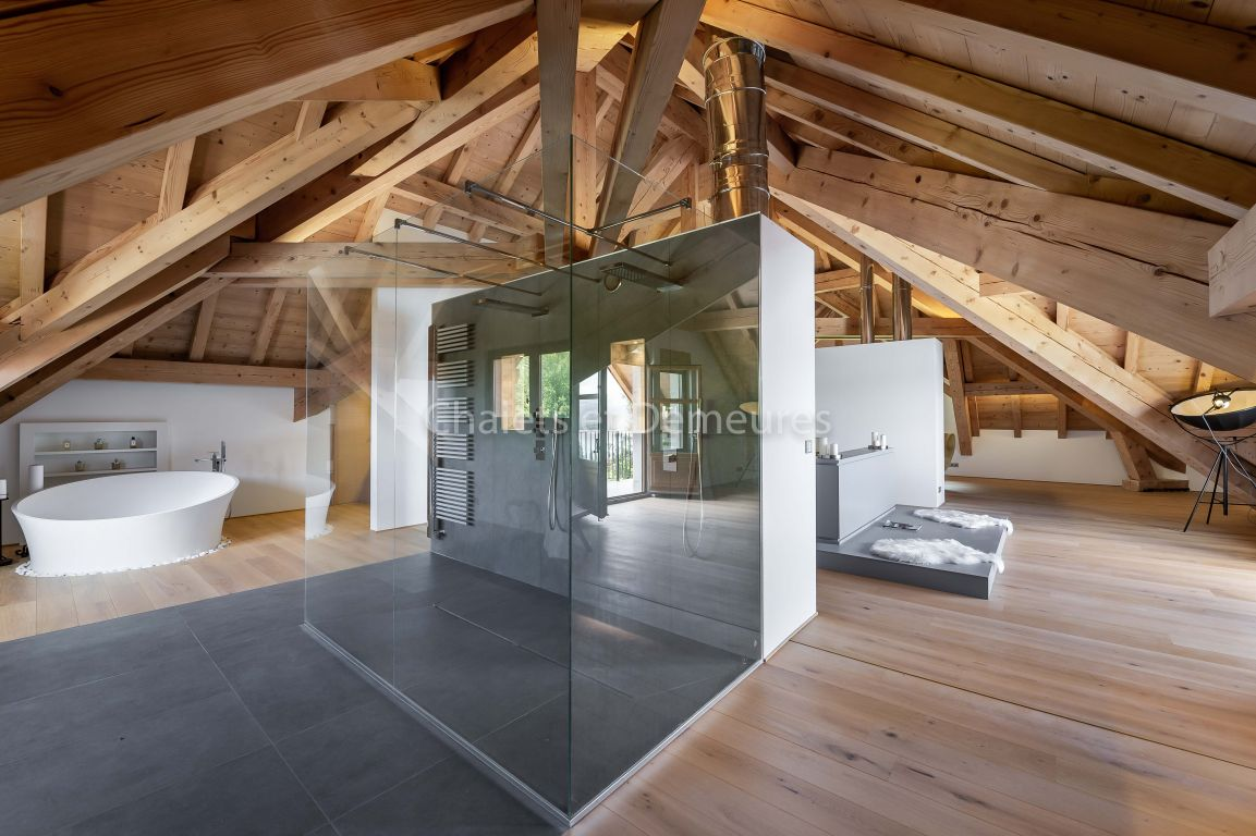 Majestic house in the heart of the most beautiful site of the Haute Savoie: Annecy